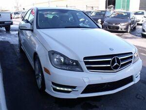 2014 Mercedes-Benz C300 4MATIC C300 4MATIC // NAVI // CAMERA //