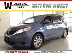 2014 Toyota Sienna LE| AWD| BACKUP CAM| POWER SLIDING DOORS| BLU