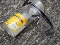SAFETY GLASSES: