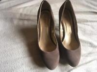Atmosphere ladies heels shoes size 4/37 used £3