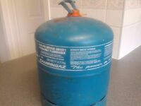 Butane gas cylinder suitable for camping. Almost full.