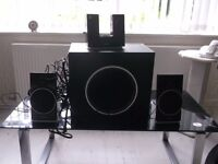 """Creative"" XFiz 600 dock sound system"