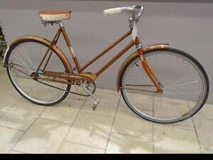 """Vélo de ville CCM 19"""" - 0318-2"""