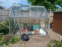 Aluminium green house size 8'×6'in good condition, automatic opening window, buyer to dismantle.