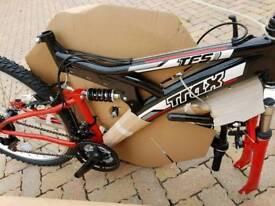 Trax TFS Mountain Bike. Brand Spanking New. £100