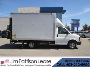 2014 Chevrolet Express 3500 6.0L LOW KM 12 Ft. Cube Van w/ Power