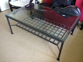 Glass top coffee table - great condition