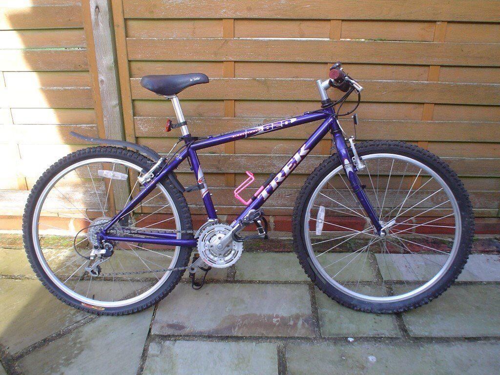 TREK 820 Mountain Bike...1990's...15inch Frame...Retro Classic