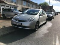 TOYOTA PRIUS HYBRID WITH ONLY 1 PREVIOUS KEEPER ON LOG BOOK ONLY £2895