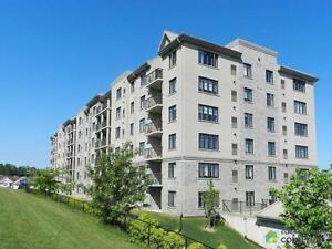 $339,900 - Condominium for sale in Waterloo