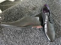 Firetrap size 6 formal shoes worn once. Excellent condition.
