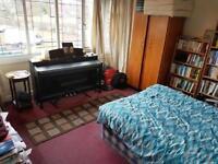 1 bedroom house in Flat 12 Weoley Court, Birmingham, B29