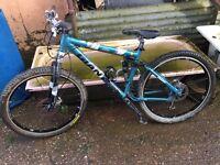 Giant nrs full sus mountain bike