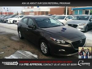 2014 Mazda MAZDA3 GS-SKY heated seats touch screen