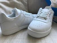 Men's Adidas size 9 calabasas powerphase trainers yezzy brand new