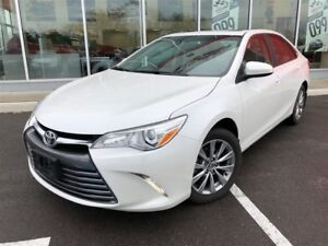 2015 Toyota Camry XLE Navigation/Leather