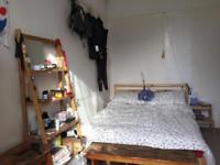 Large sunny furnished double room with own bathroom in Redland flatshare with 1 other