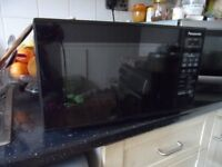 PANASONIC BLACK MICROWAVE 230V-240V-50HZ 800W