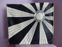 KEANE – SIGNED TOTE – STRANGELAND SUN RAYS BAG