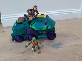Teenage Mutant Ninja turtles buggy & figures, fire engine & FREE submarine