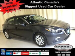 2015 Mazda MAZDA3 SPORT GS REDUCED!
