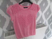 LOVELY GIRLS PINK LOVEHEART TOP - AGE 7-8 YEARS