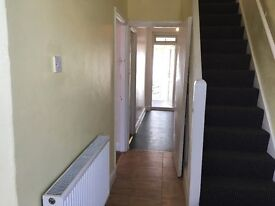 Recently Renovated lovely 3 Bedroom 2 receptions (extra rm attached to the 2nd reception) hse to let