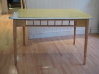 Fabulous Vintage 1950s / 1960s Kitchen / Dining Table - Great original condition