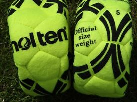 Footballs - Indoor 2 of them - Size 5