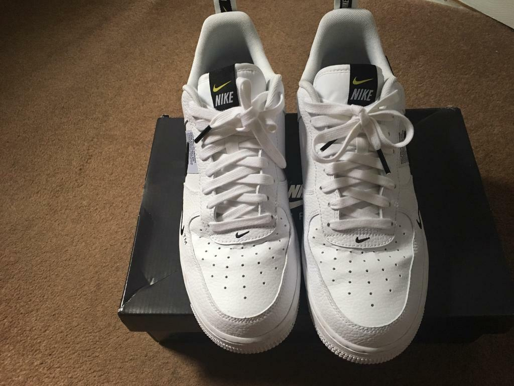 new style 0a83f 68370 Nike Air Force 1 utility white low (SIZE UK 9)