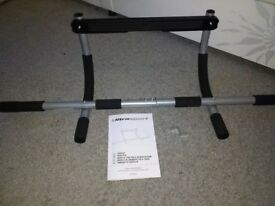 Ultrasport door gym - multifunctional pull up bar