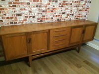 Stunning large retro sideboard, excellent condition, 7ft (213cm) L