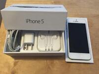 iPhone 5 16gb *excellent condition*