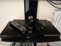 Samsung 3D blu-ray player with films