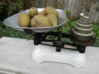 Vintage Avery Kitchen Scales with Weights - Lovely Christmas Present