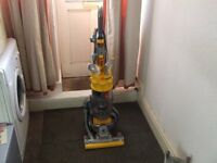 dc15 dyson ball upright reconditioned upright bagless hoover telescopic handle.