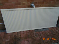 SINGLE PANEL RADIATOR 69 IN X 39 IN
