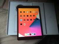 APPLE IPAD 7TH GEN 32GB WIFI & 4G EXCELLENT CONDITION