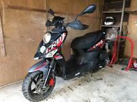 Sym 125 moped