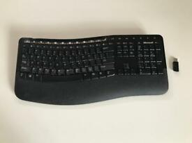 Microsoft Wireless Comfort Keyboard 5000