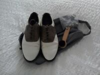 Mizuno Wave golf shoes size 8, leather uppers