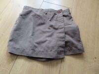 OFFICIAL BROWNIE UNIFORM - SKORT 22 inch waist (elasticated) - PERFECT CONDITION