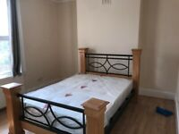 Spacious 3 Bedroom Flat near Romford Rd in Forest Gate E7