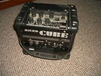 Roland Microcube Portable Mains/ Battery Guitar Amplifier with Effects