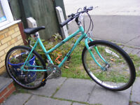 """LADIES 26"""" WHEEL RALEIGH BIKE WITH FITTED LIGHTS IN GREAT WORKING ORDER"""
