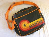 Soulcal shoulder bag