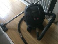 McAllister vacuum cleaner wet & dry