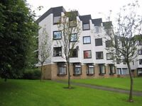 Central Hamilton - Lovely One Bed Top Floor Furnished Flat with Open Outlooks