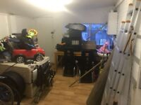 2 Room Garage with Driveway for Rent