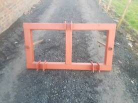 Tractor three point linkage rear double bale spike